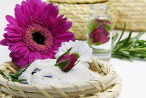 flower-salt-3086596__340.jpg